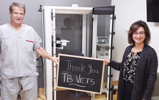 TB Vets donates a Vyntus Body Box to Campbell River Hospital Foundation